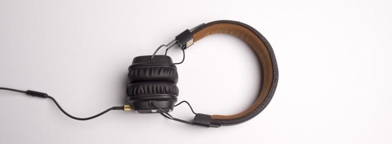 Rebecca Sharp Voiceover Voice Actor Narrator Headphones Audiobooks British accent